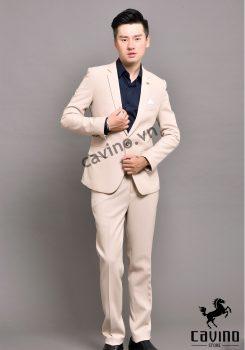 bộ vest trắng kem 1