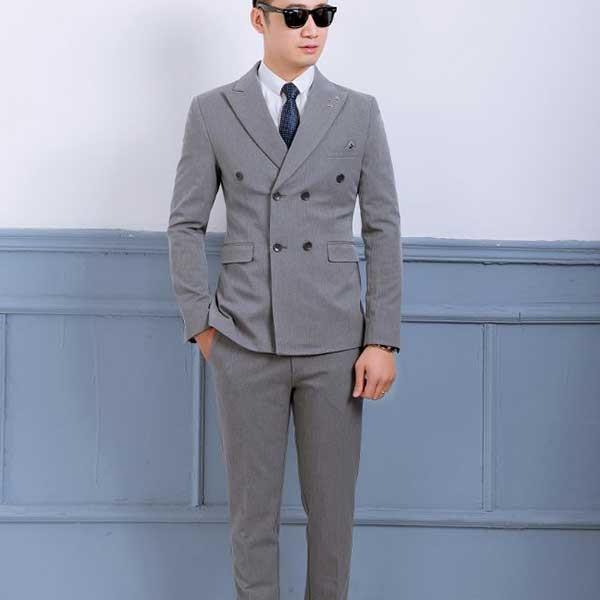 Mẫu vest tại cửa hàng gia công may mặc CAVINO
