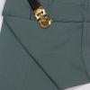 Chi tiết vải quần sooc màu xanh ngọc