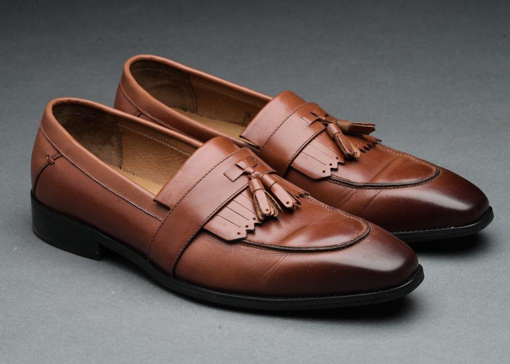 giày tây nam da nâu họa tiết